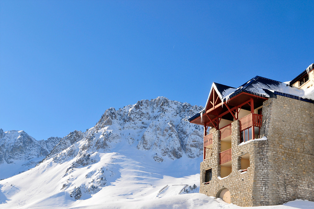 village vacances la mongie neige